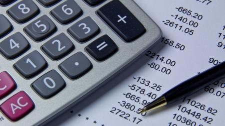 Займ на счет в банке  — преимущества и условия оформления