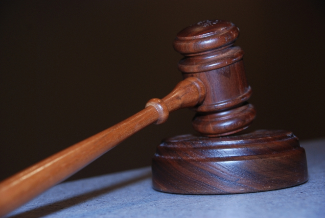 Подают ли МФО в суд  — как избежать судебного разбирательства?